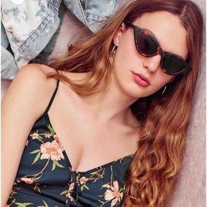 Urban Outfitters Cat Eye Tortoise Sunglasses NWT!
